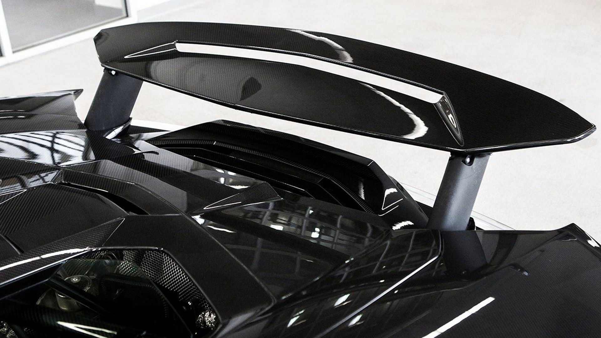 Carbon-Lamborghini-Centenario-Roadster-for-sale-26