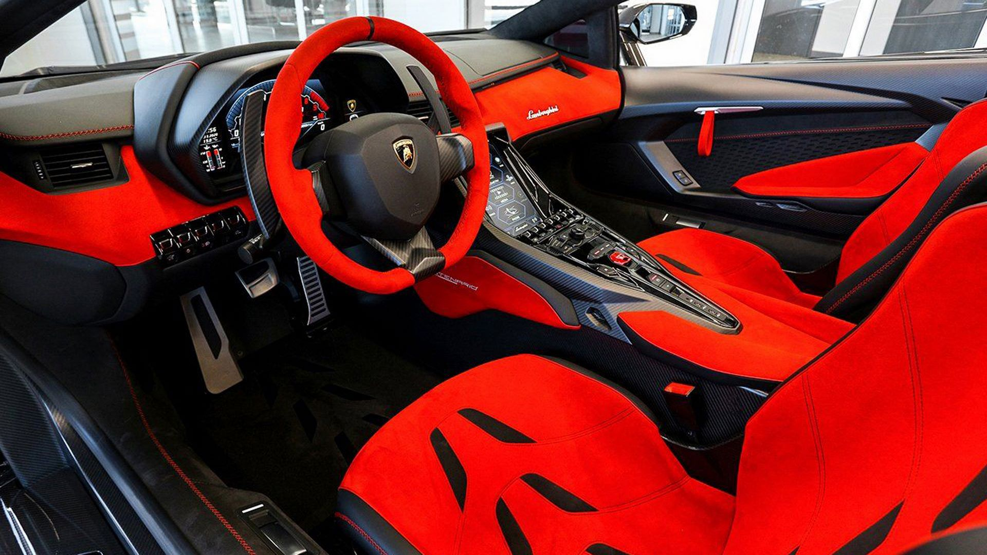 Carbon-Lamborghini-Centenario-Roadster-for-sale-7