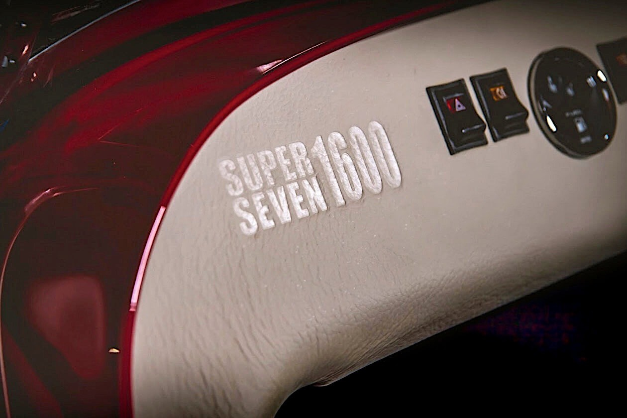 Caterham-Super-Seven-1600-2020-12