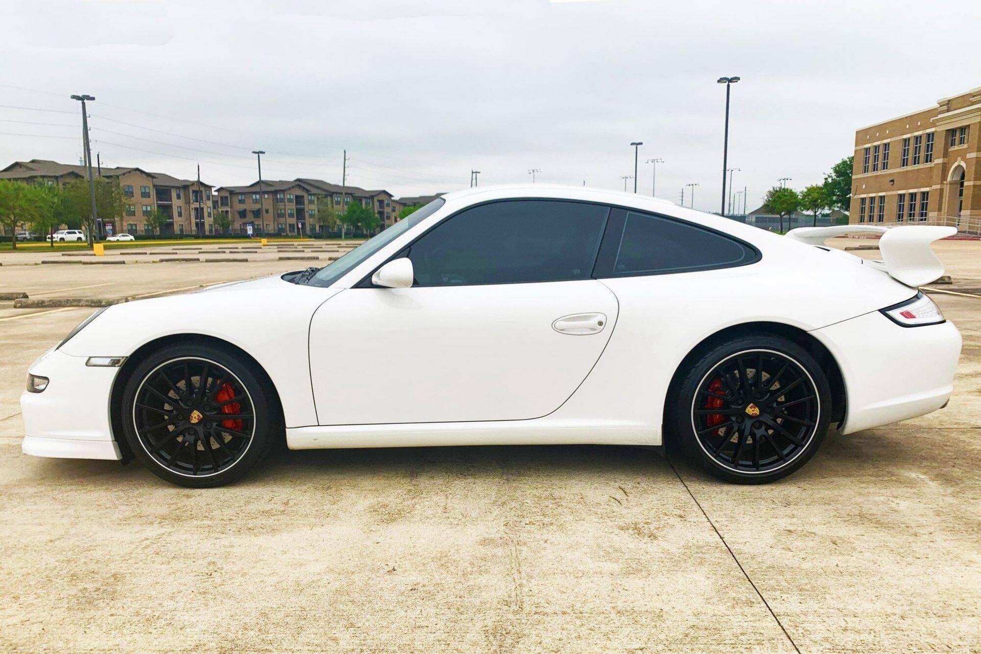 Center-Seat-Porsche-911-Carrera-S-2008-17