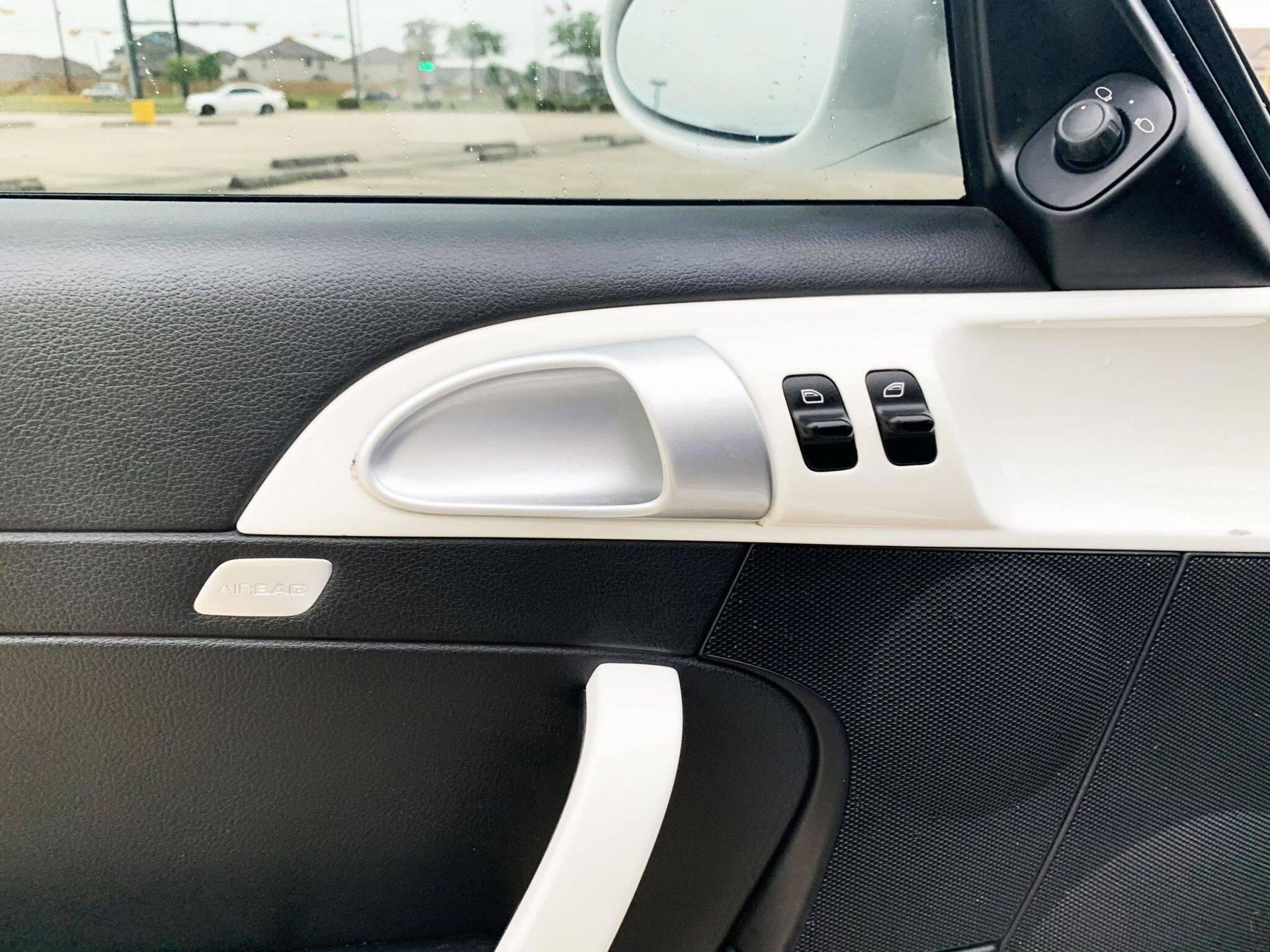 Center-Seat-Porsche-911-Carrera-S-2008-22