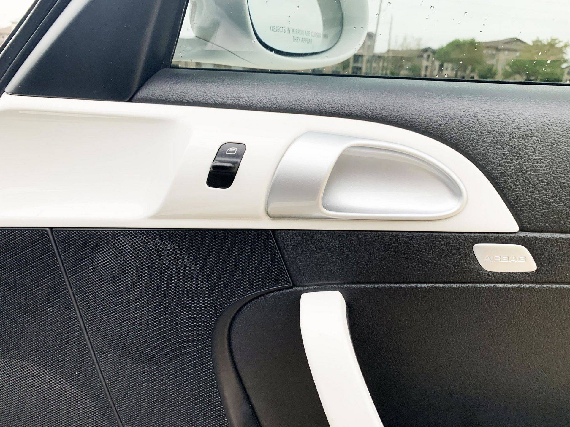 Center-Seat-Porsche-911-Carrera-S-2008-9
