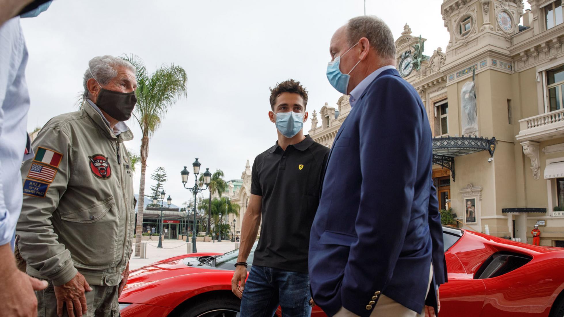 Charles-Leclerc-Ferrari-SF90-Stradale-Monaco-9