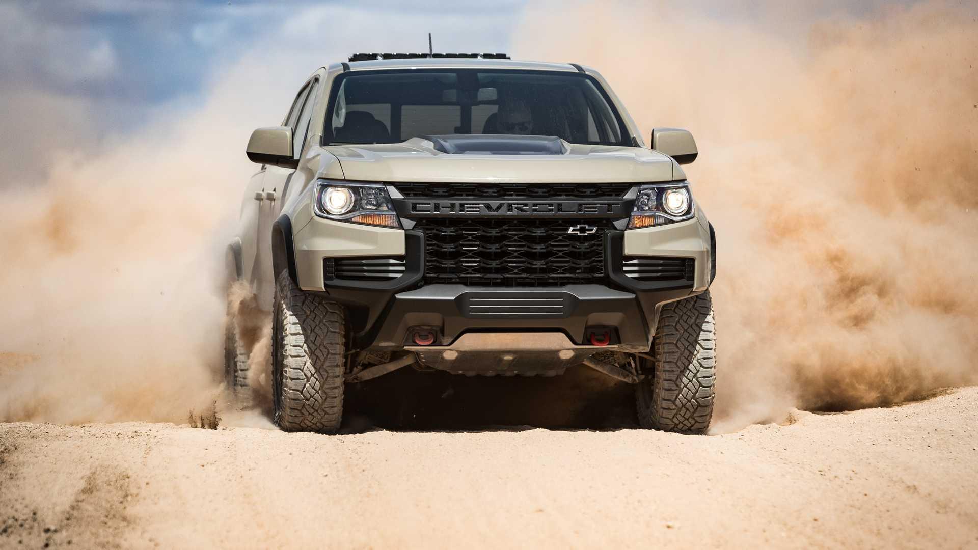 2021_Chevrolet_Colorado_0000