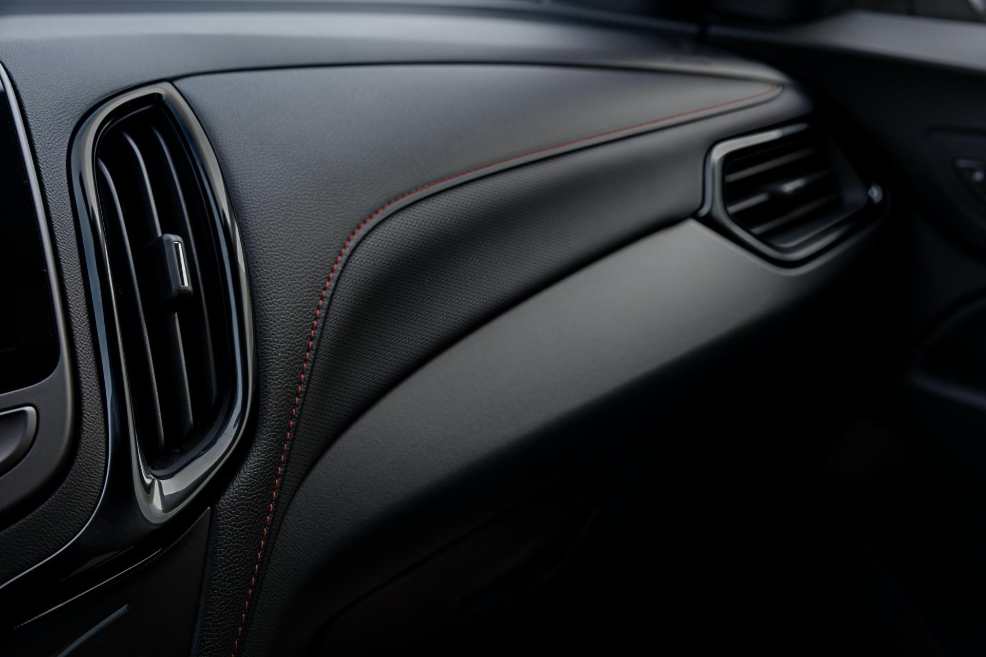 Chevrolet-Equinox-facelift-2020-35