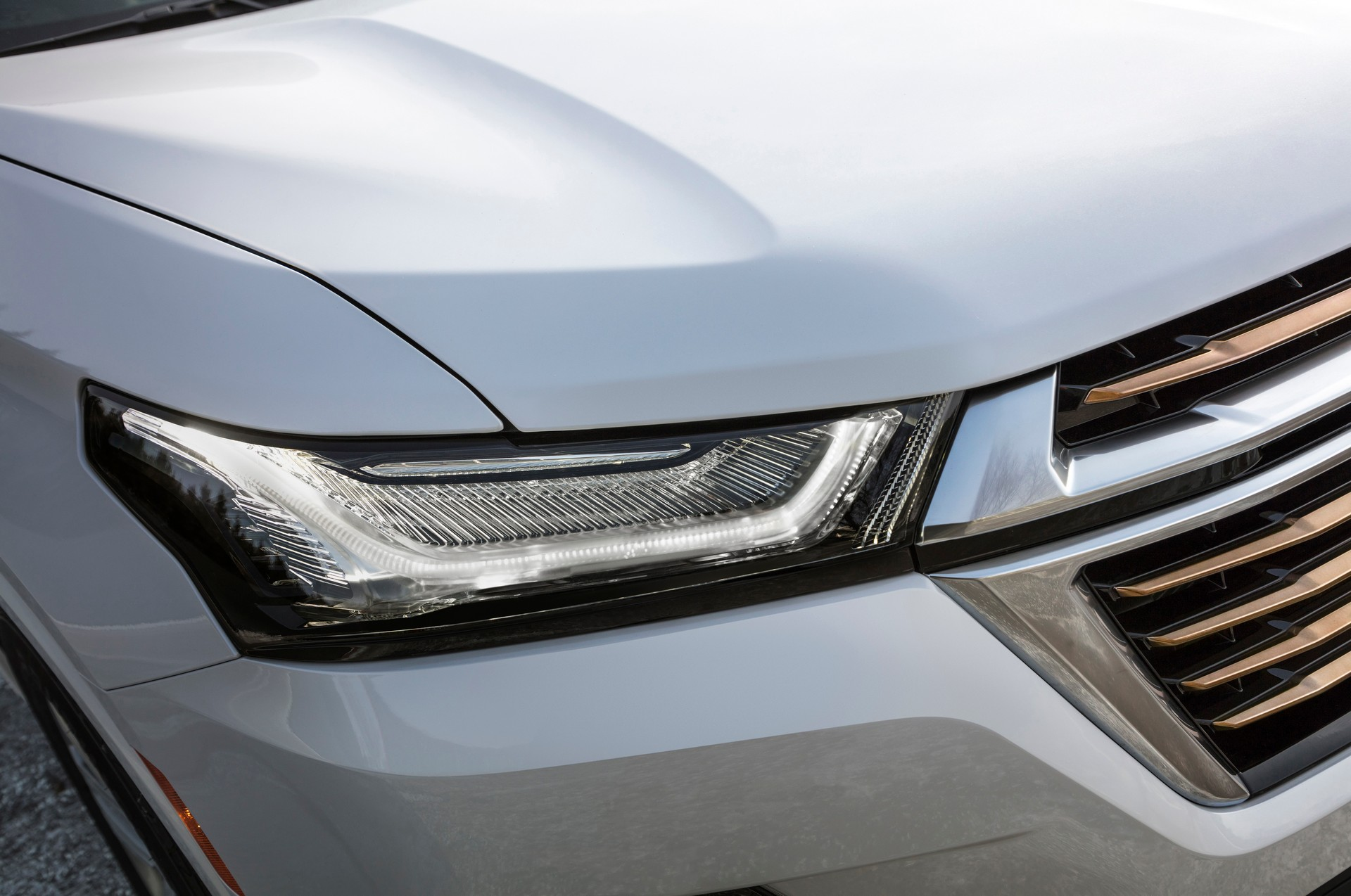 2021-Chevrolet-Traverse-5