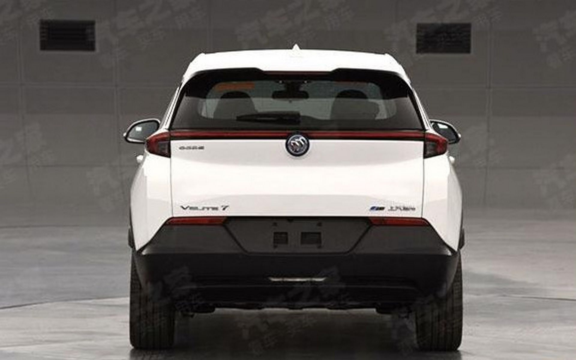 Chevyrolet-Bolt-crossover-2021-Buick-Velite-7-3-1