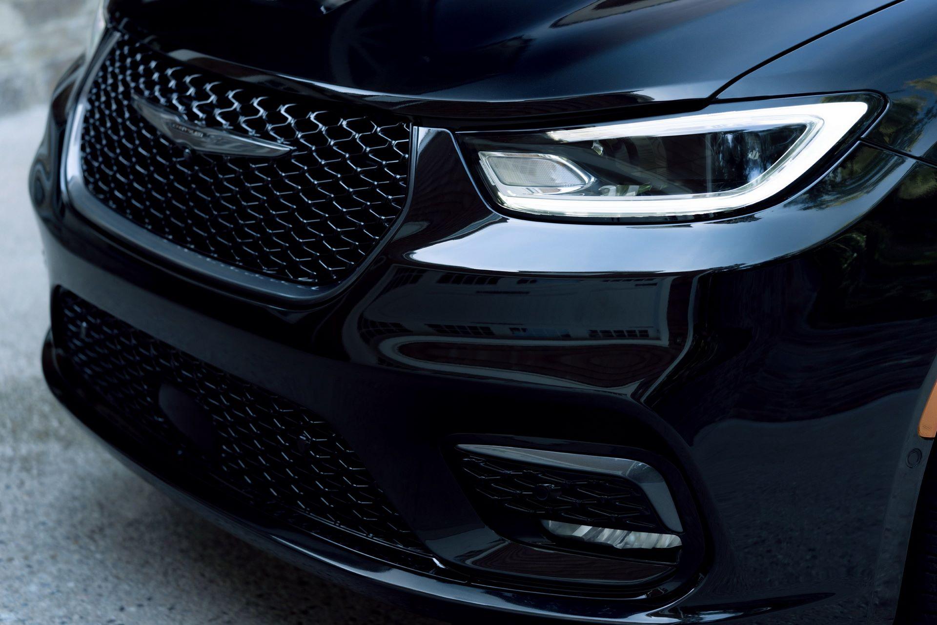 2021-Chrysler-Pacifica-124