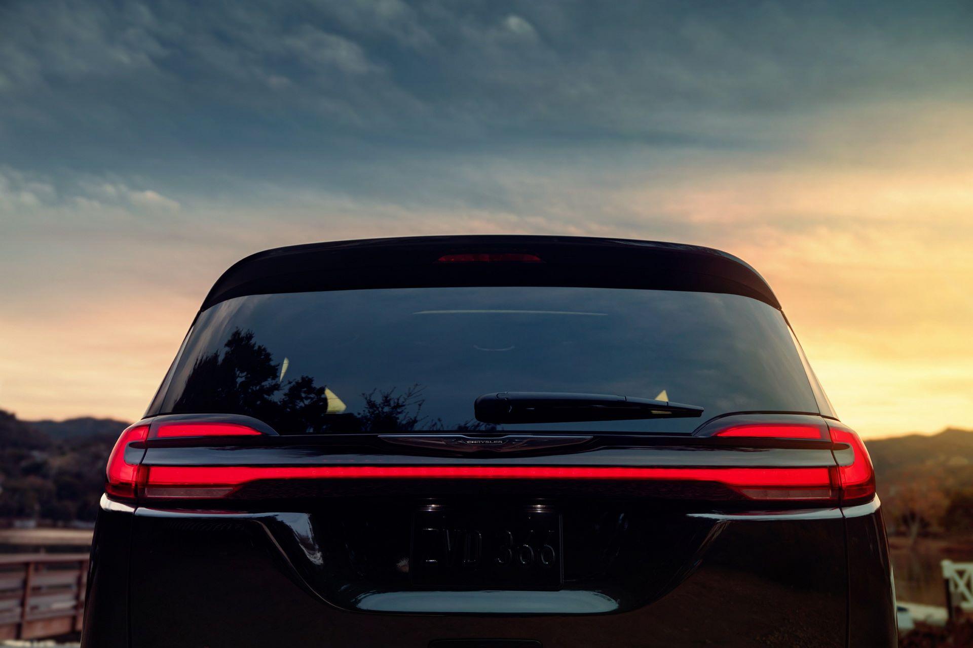 2021-Chrysler-Pacifica-127