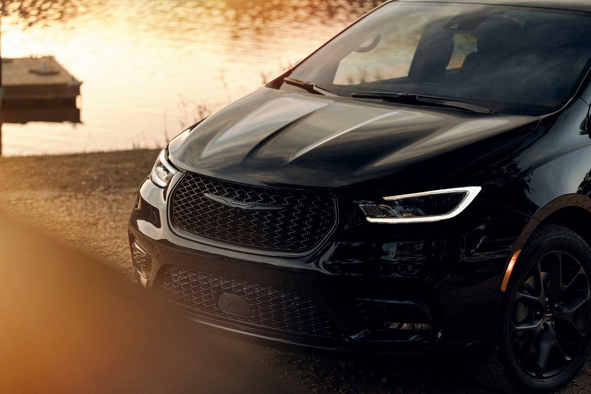 2021-Chrysler-Pacifica-134