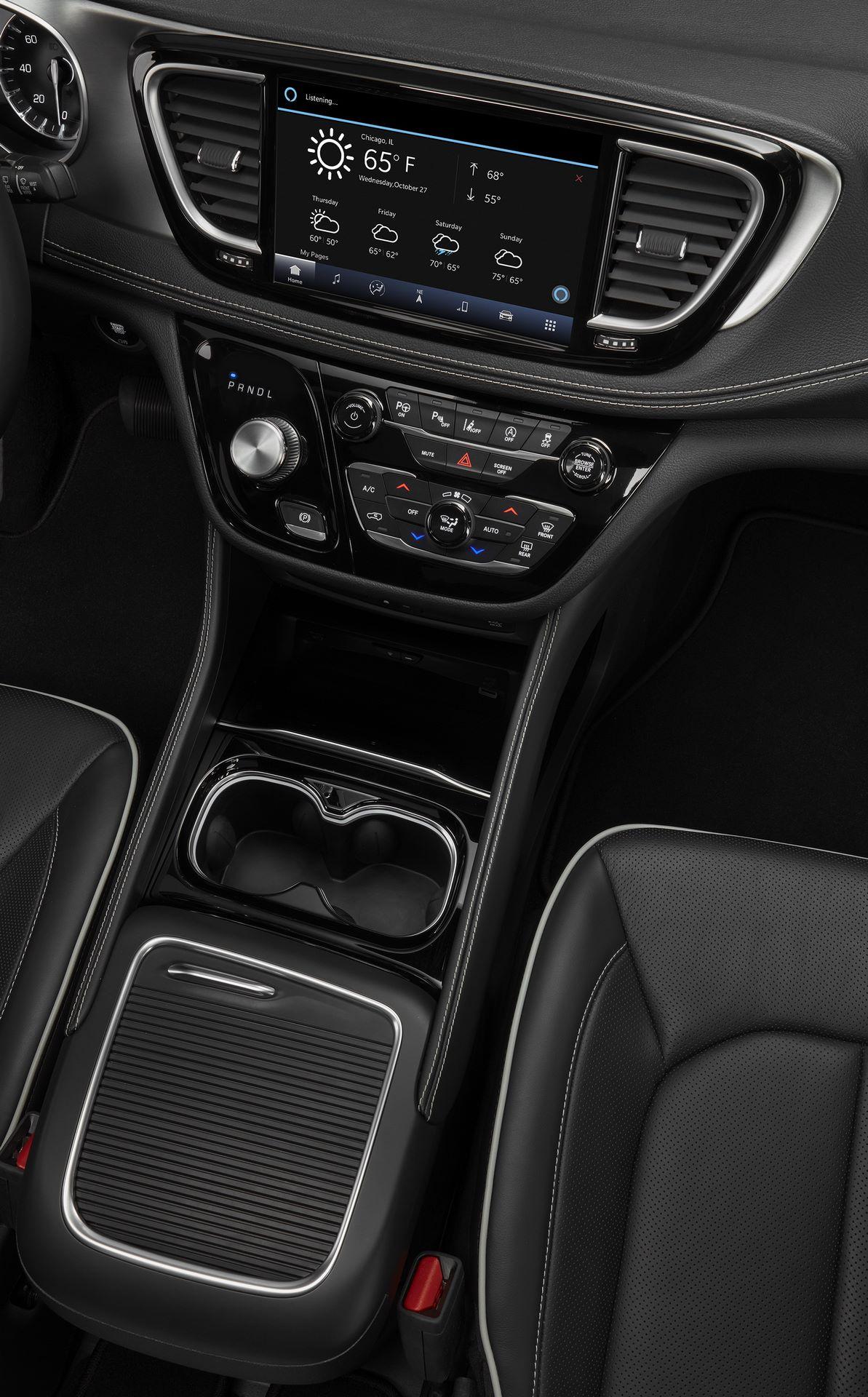 2021-Chrysler-Pacifica-139