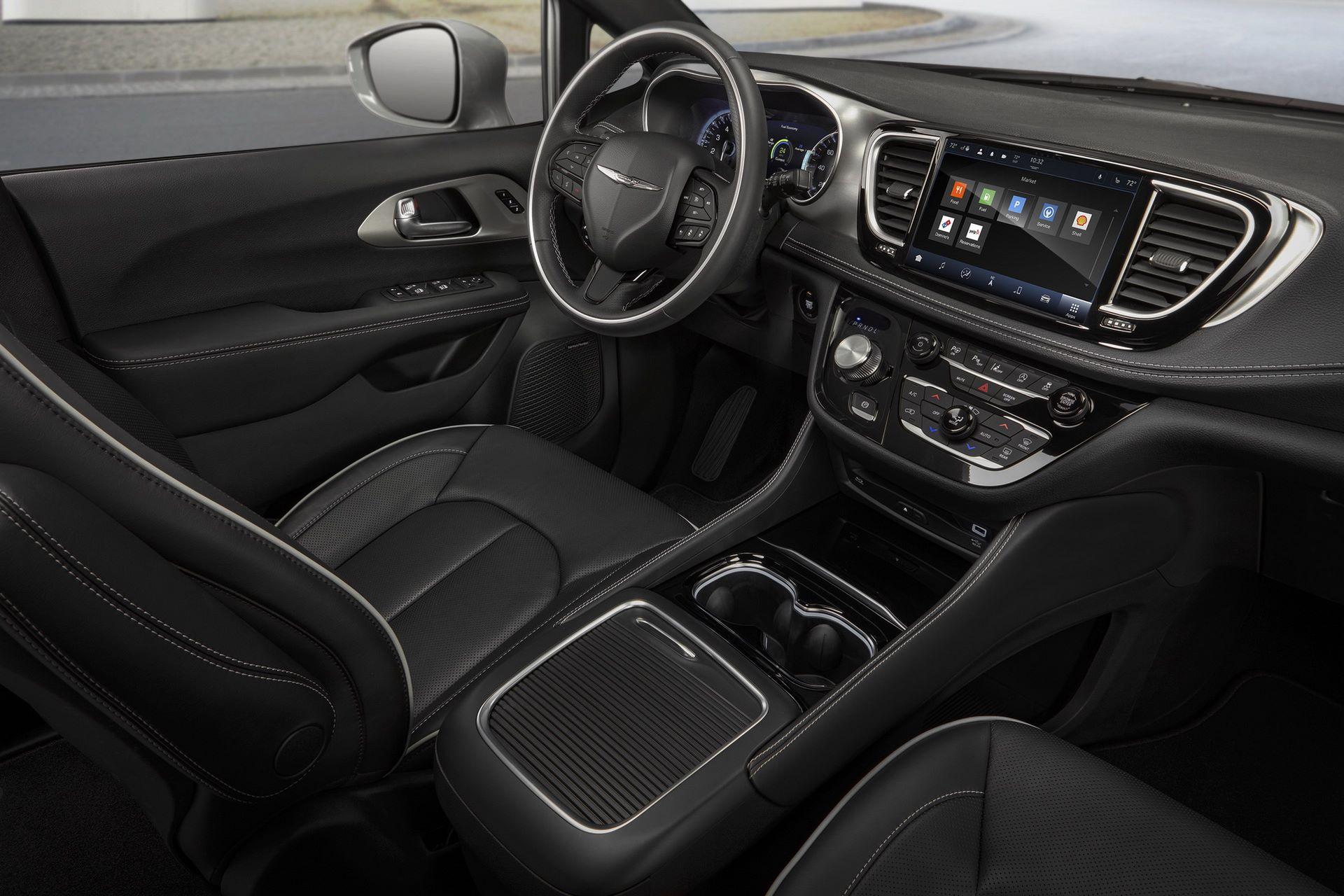 2021-Chrysler-Pacifica-143