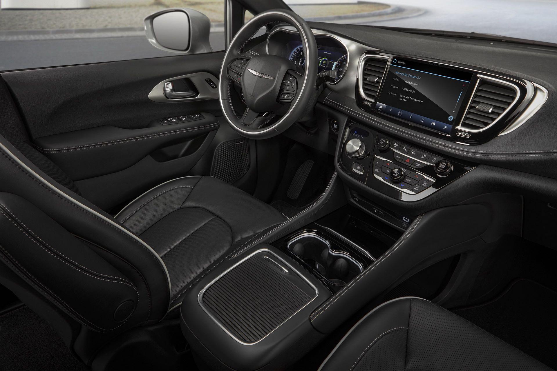 2021-Chrysler-Pacifica-147