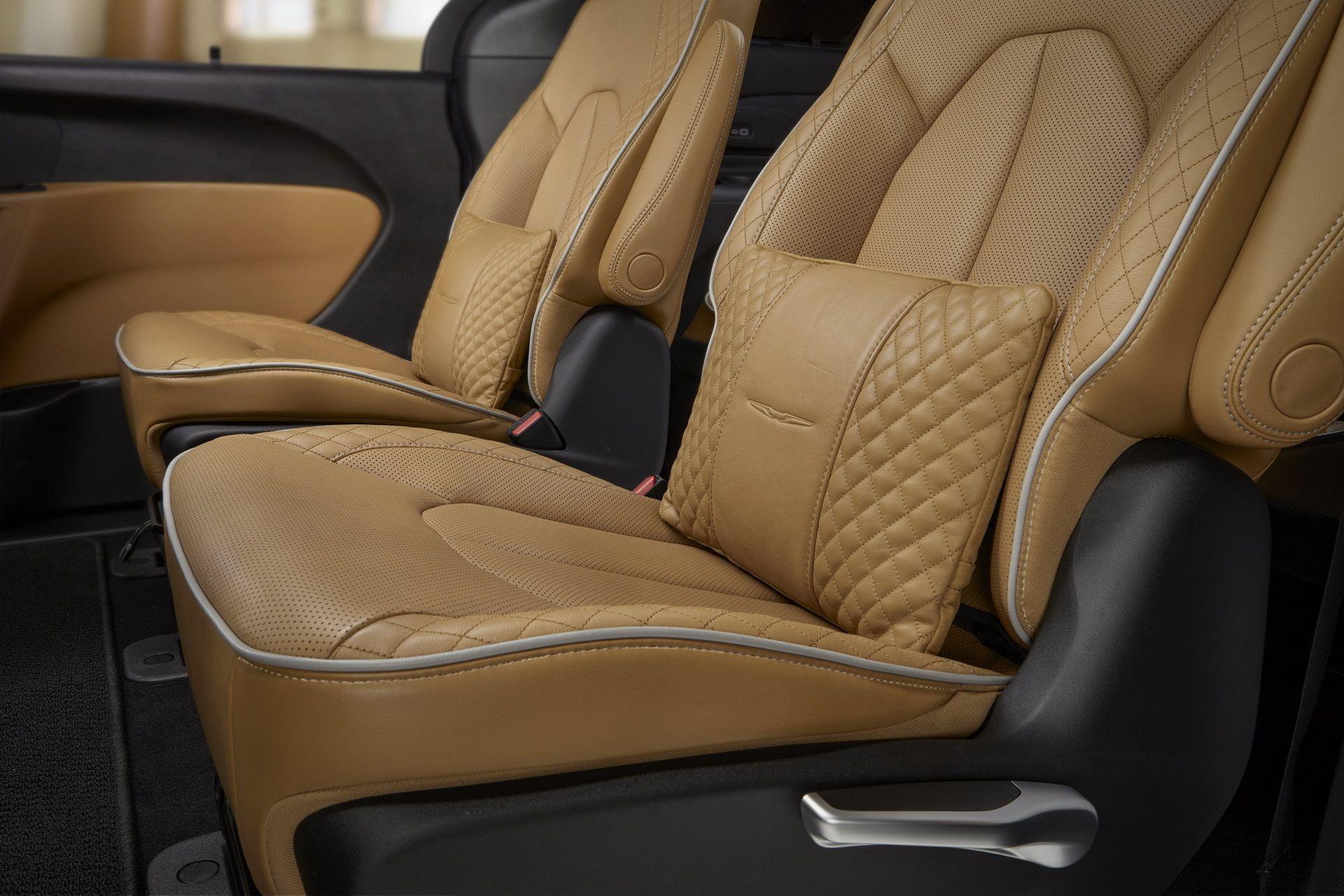 2021-Chrysler-Pacifica-68