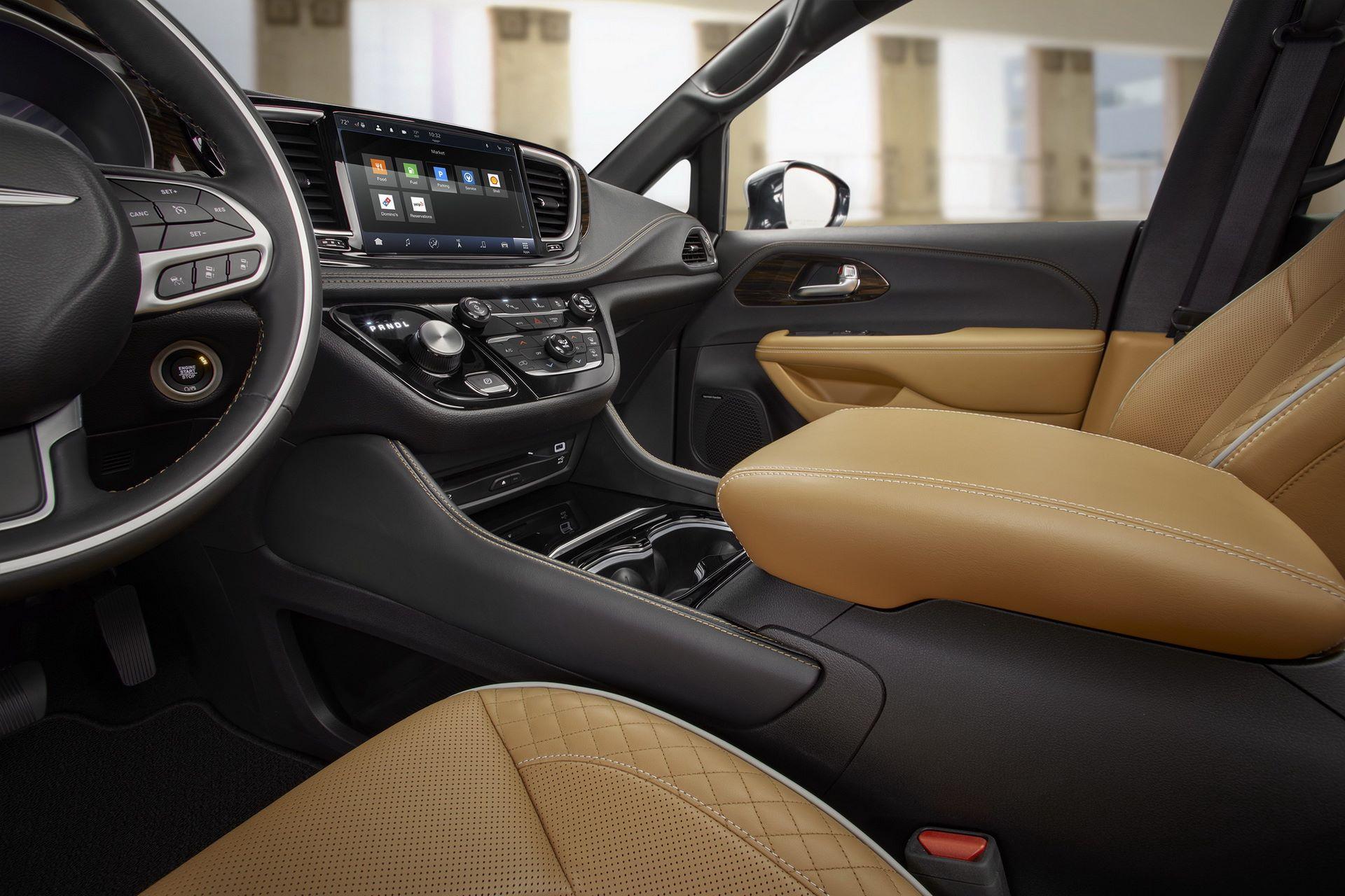 2021-Chrysler-Pacifica-70