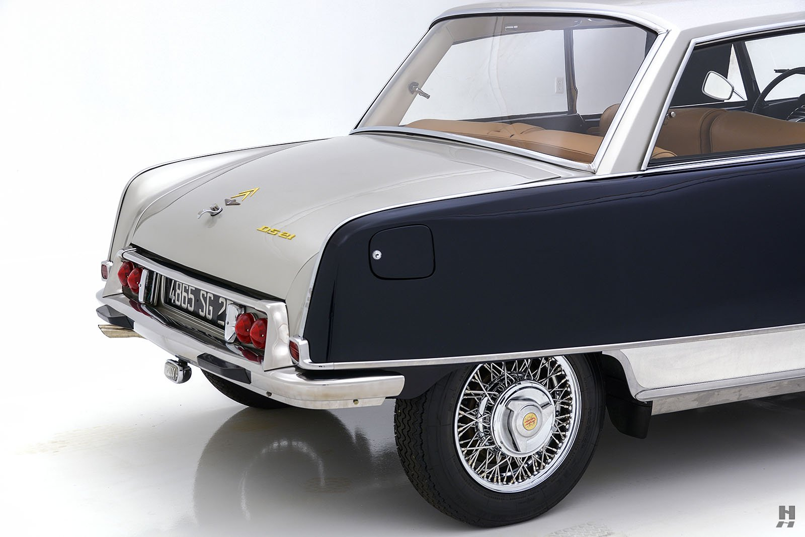 Citroen-DS21-Concorde-coupe-for-sale-29