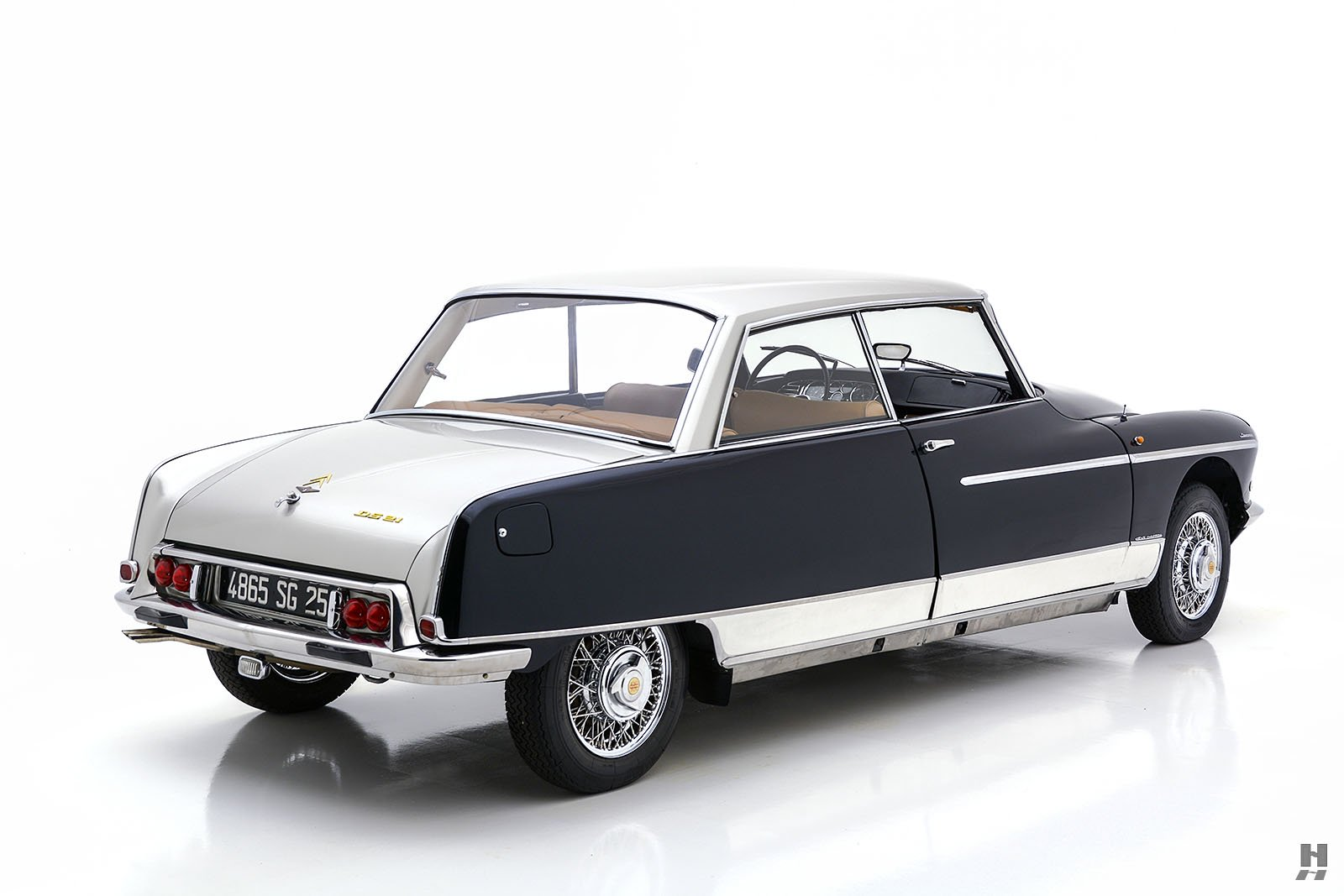 Citroen-DS21-Concorde-coupe-for-sale-7