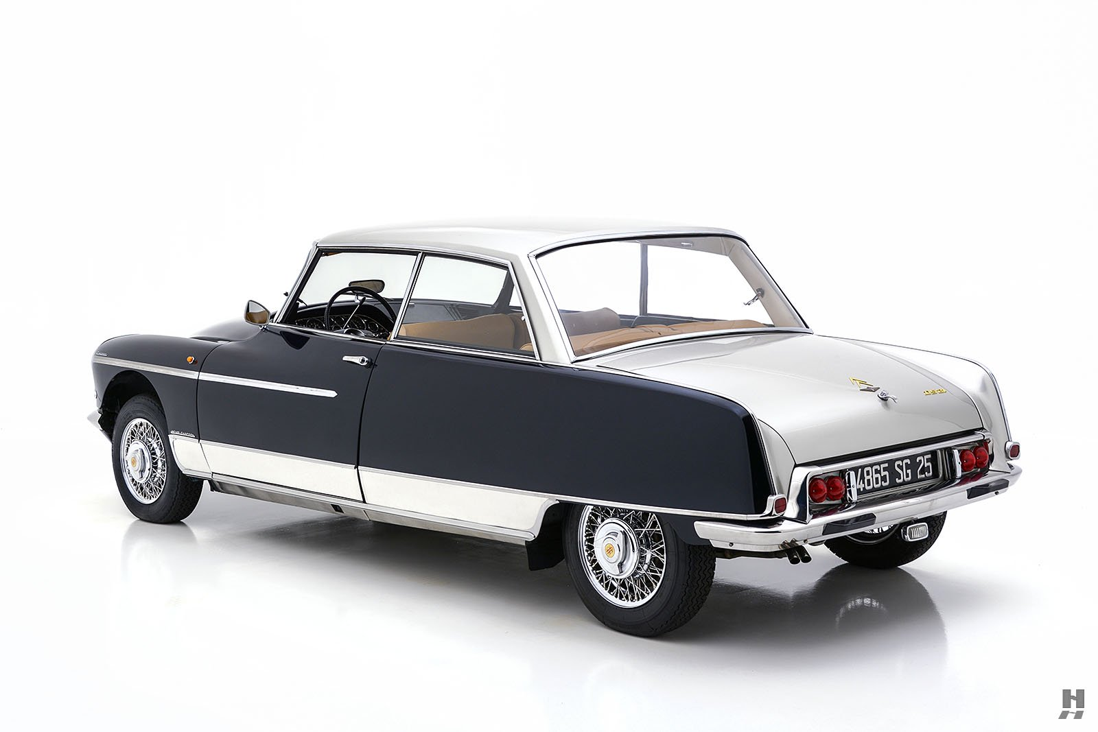 Citroen-DS21-Concorde-coupe-for-sale-8