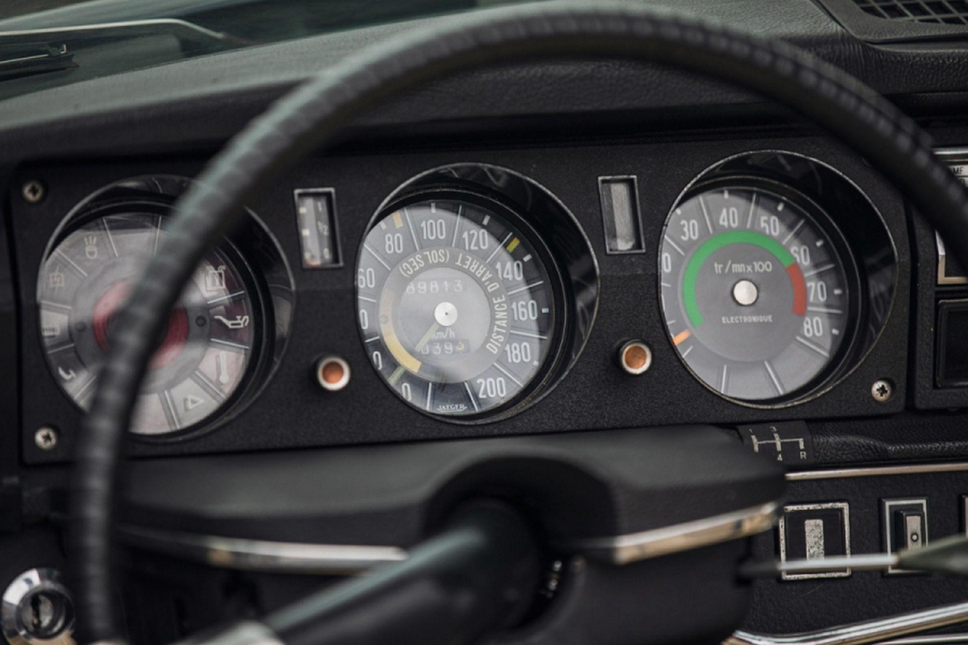 Citroen-DS21-Decapotable-1970-auction-15