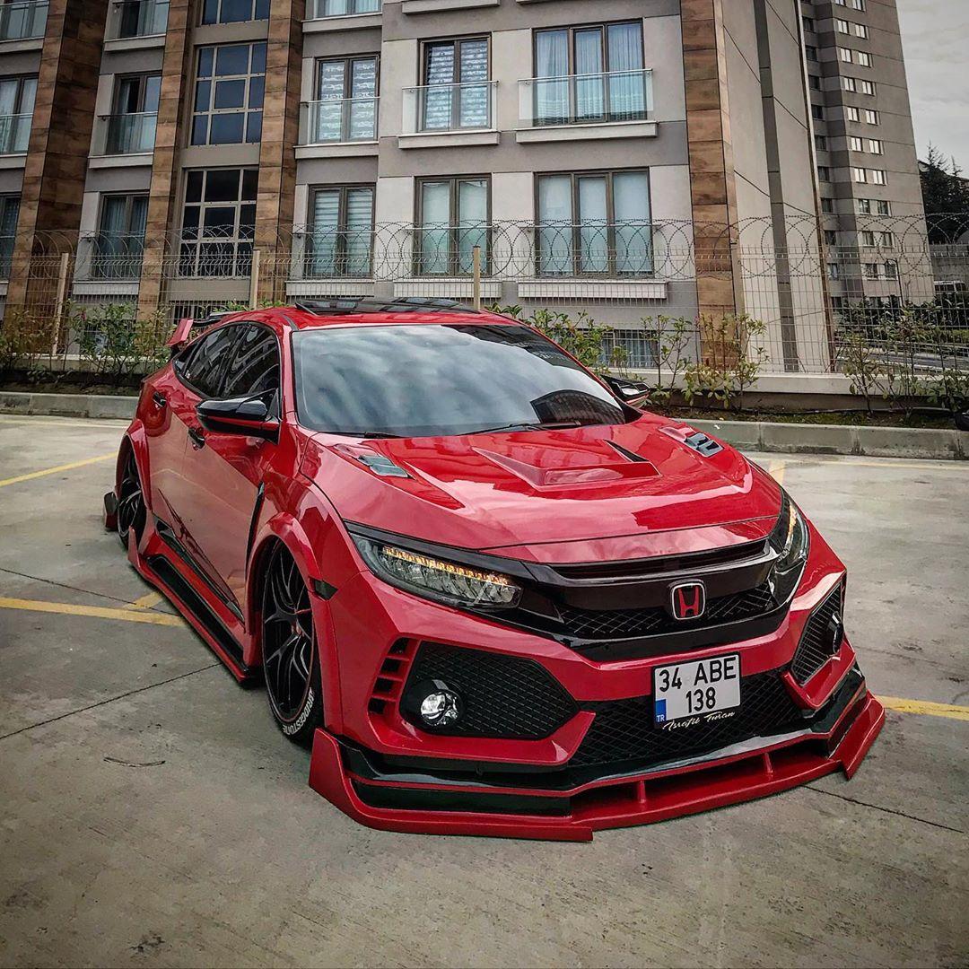 Honda-Civic_Type_R_With_Turkish_Body_Kit-7