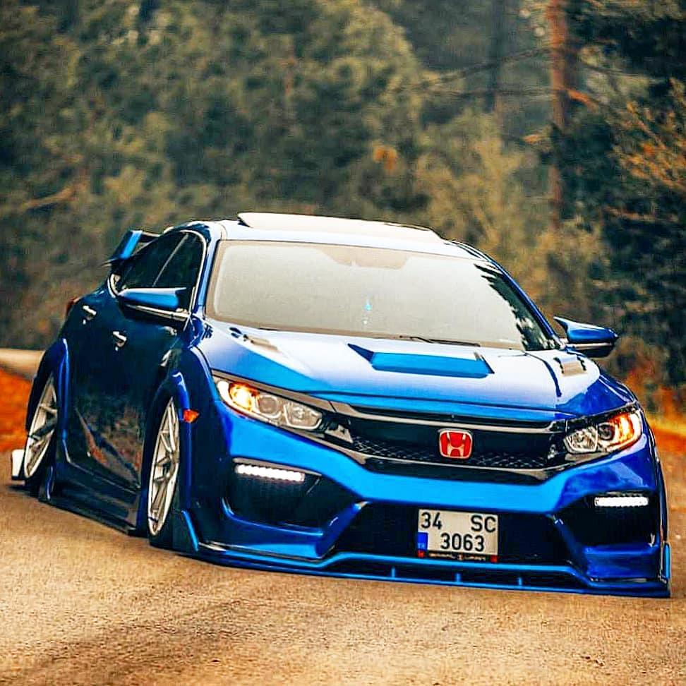 Honda-with-Turkish_Body_Kit-4