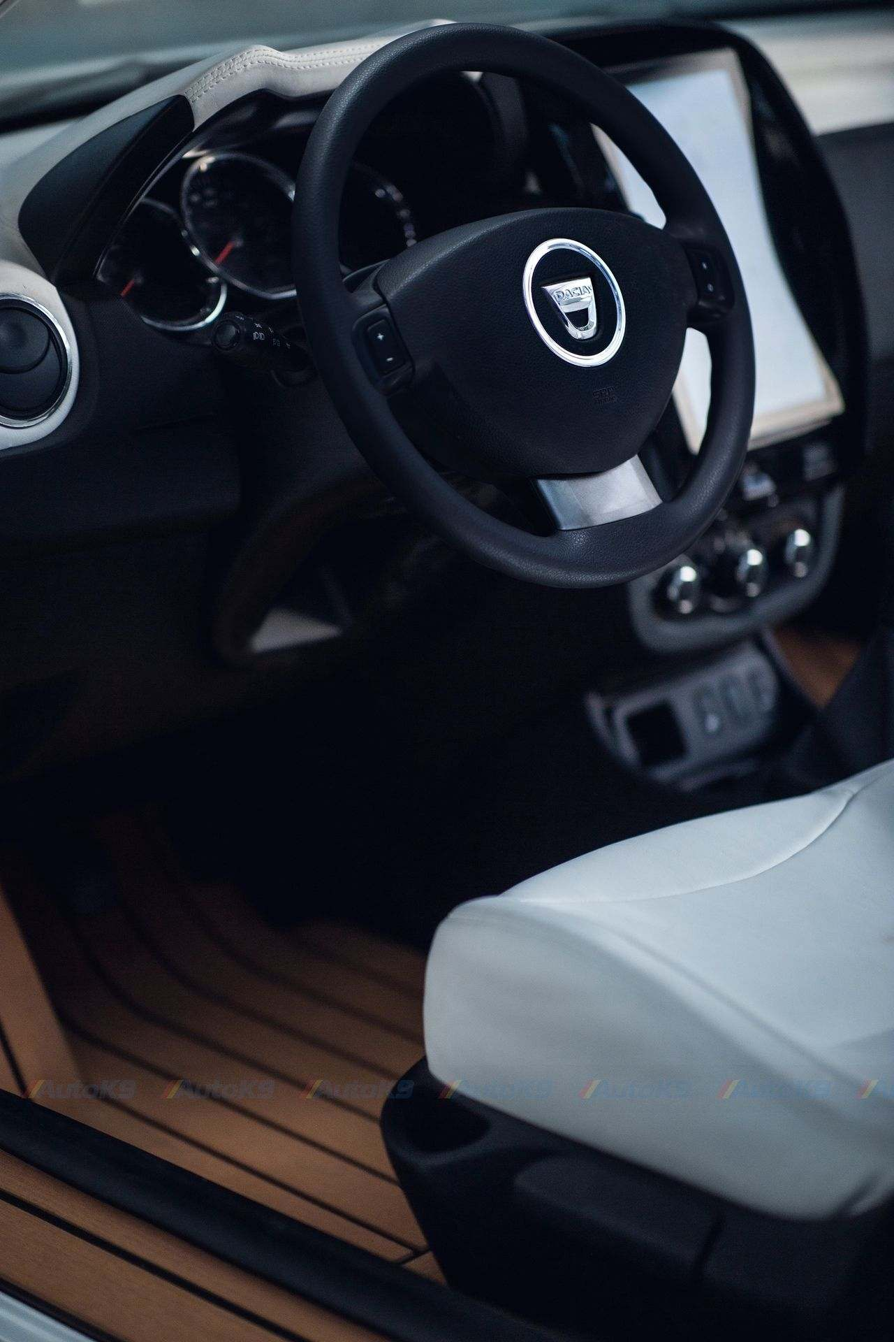 Dacia_Duster_cabrio_0005