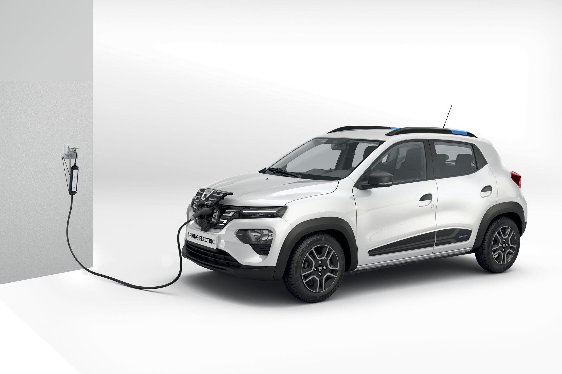 2020-Dacia-SPRING-Carsharing-3