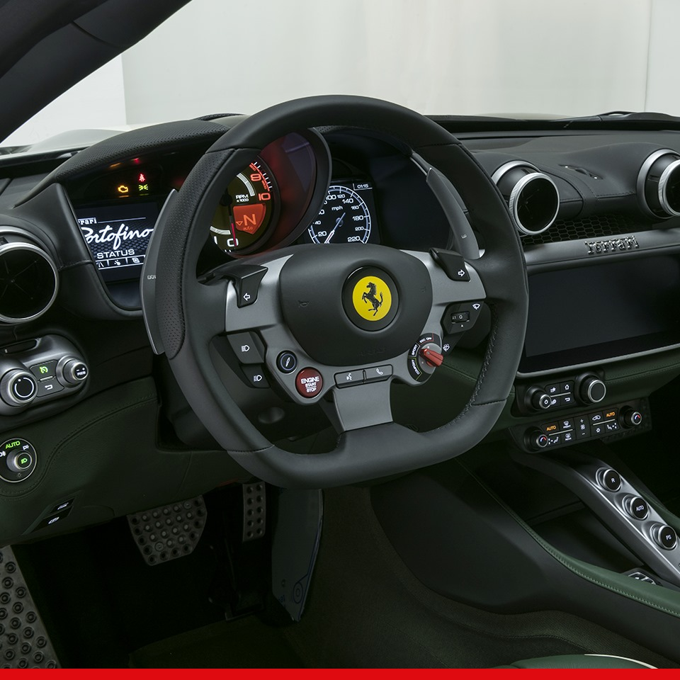 Ferrari_Portofino_Tailor_Made_0001