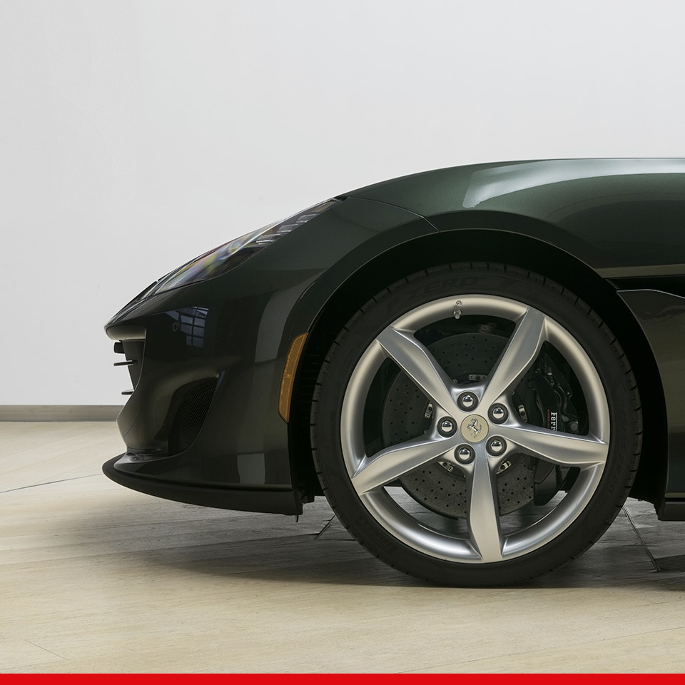 Ferrari_Portofino_Tailor_Made_0002