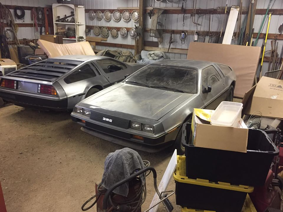 DeLorean_DMC-12_sale_0002
