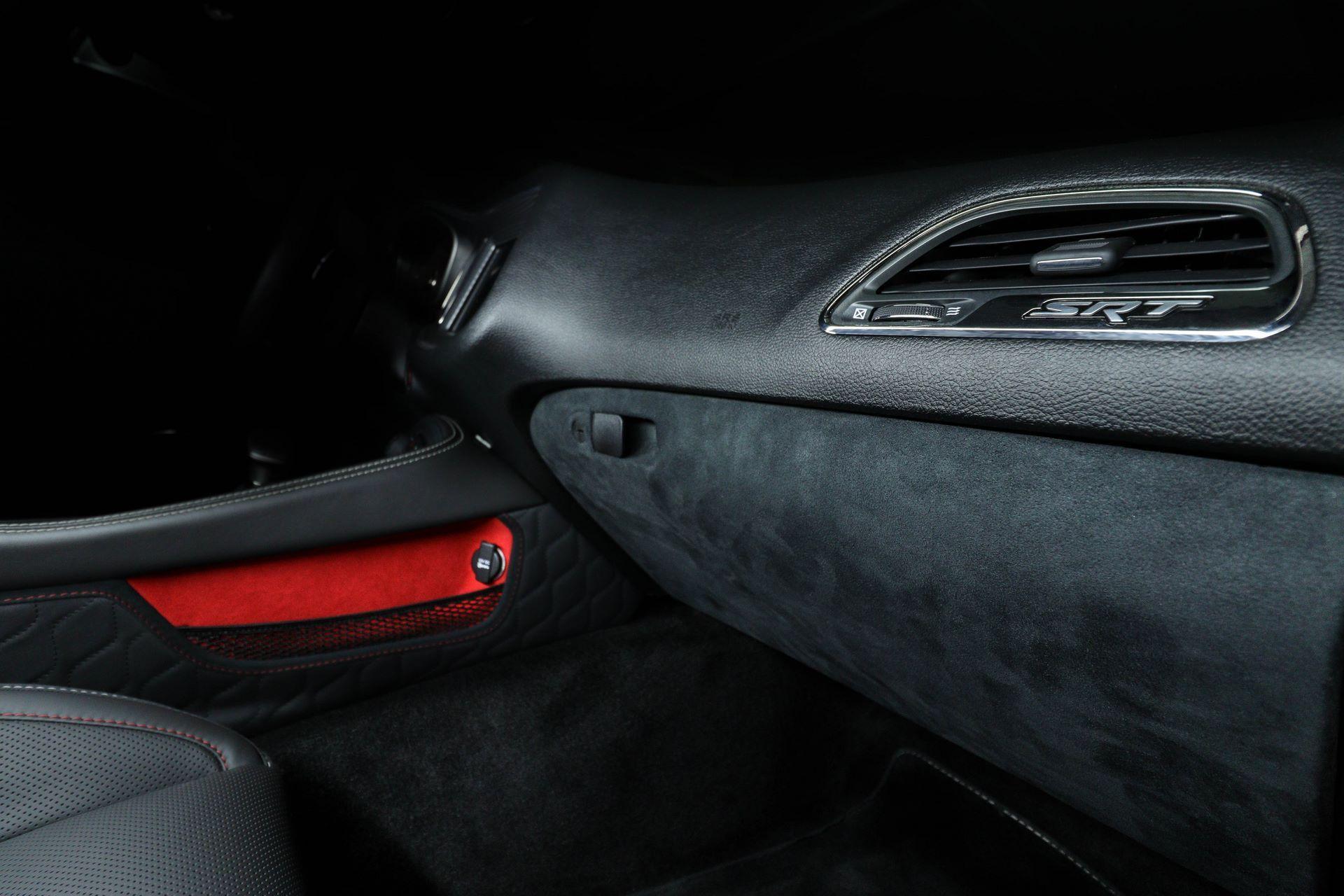 Dodge-Challenger-Hellcat-by-Vilner-12