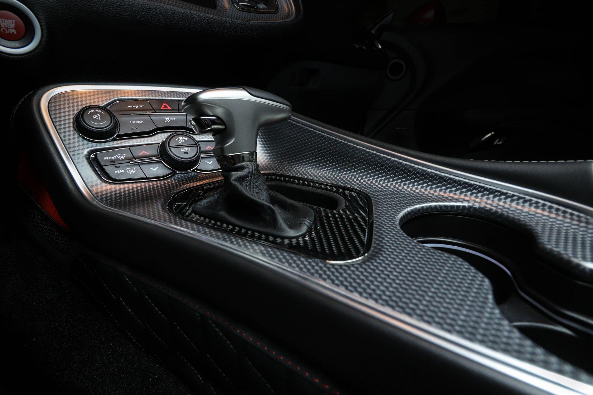Dodge-Challenger-Hellcat-by-Vilner-16