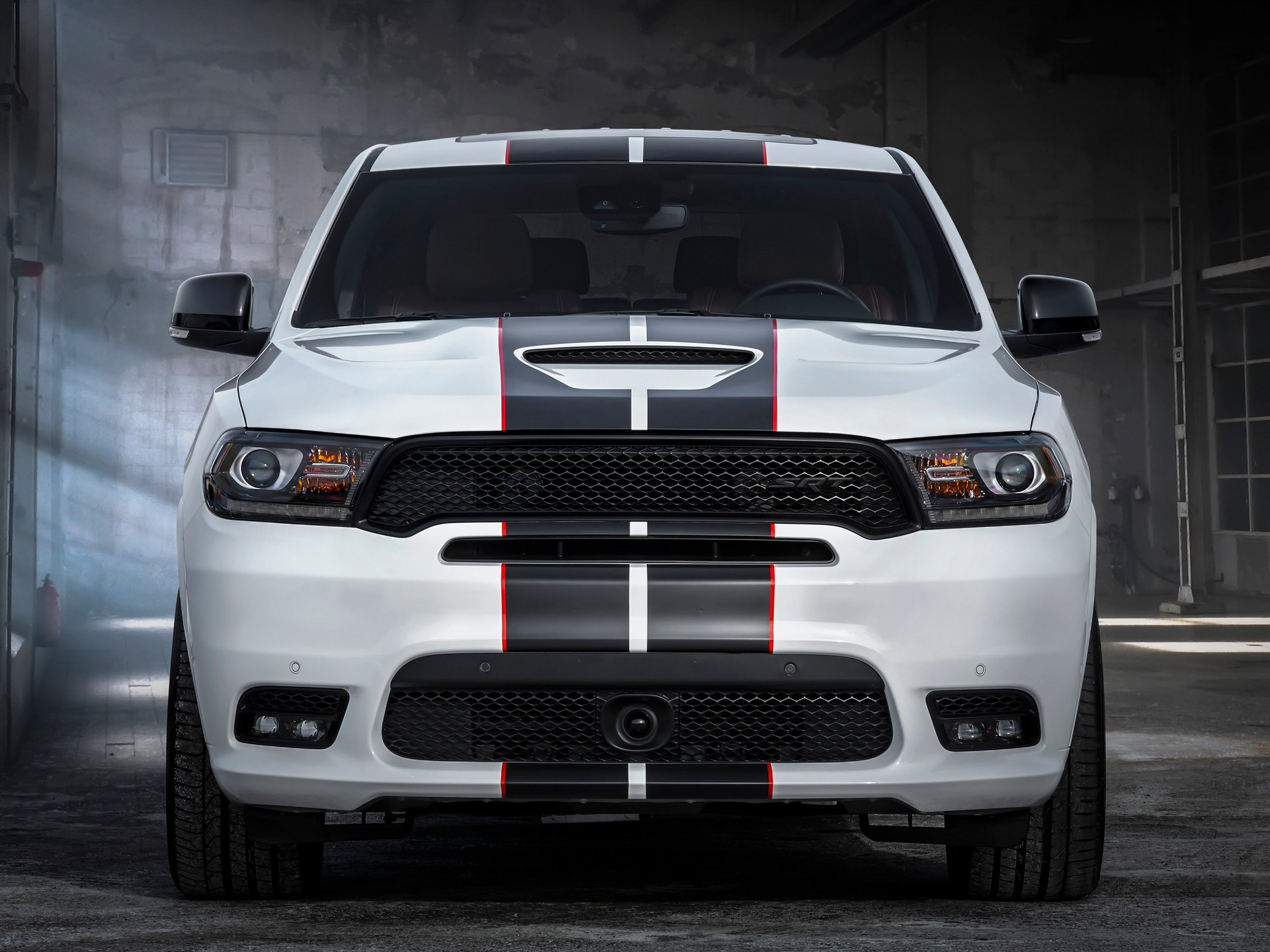 Dodge-Durango-SRT-Black-and-Redline-Stripe-3