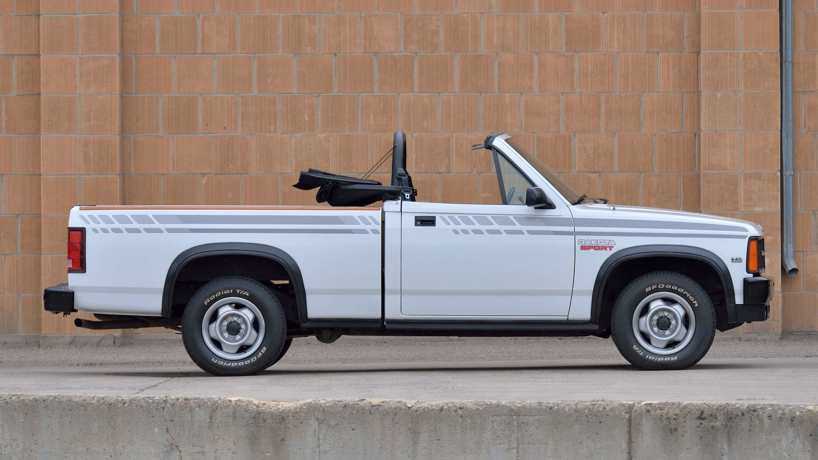 Dodge-Dakota-LS-Sport-Convertible-1990-2