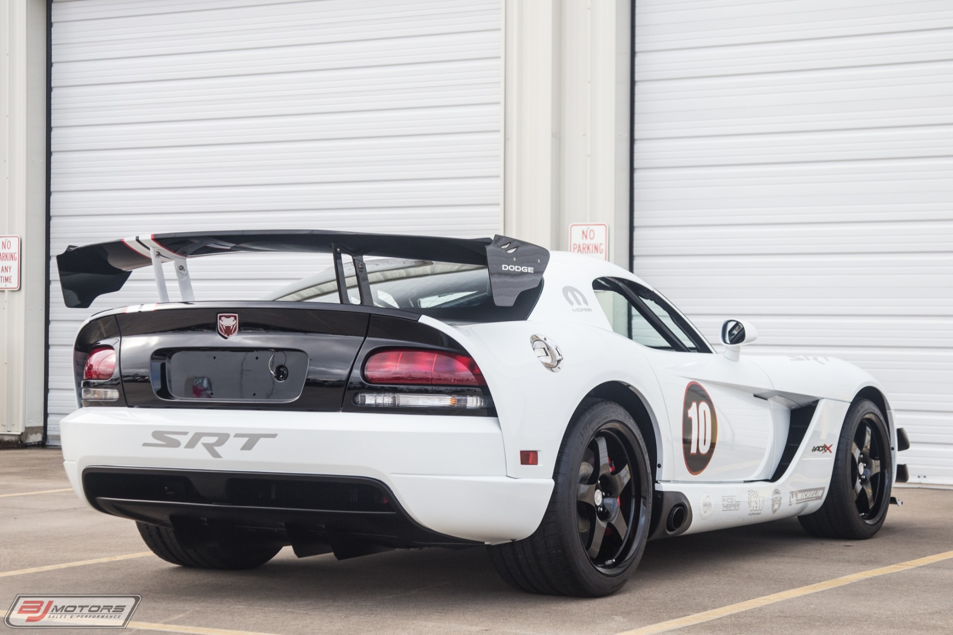 Used-2010-Dodge-Viper-ACR-X-12