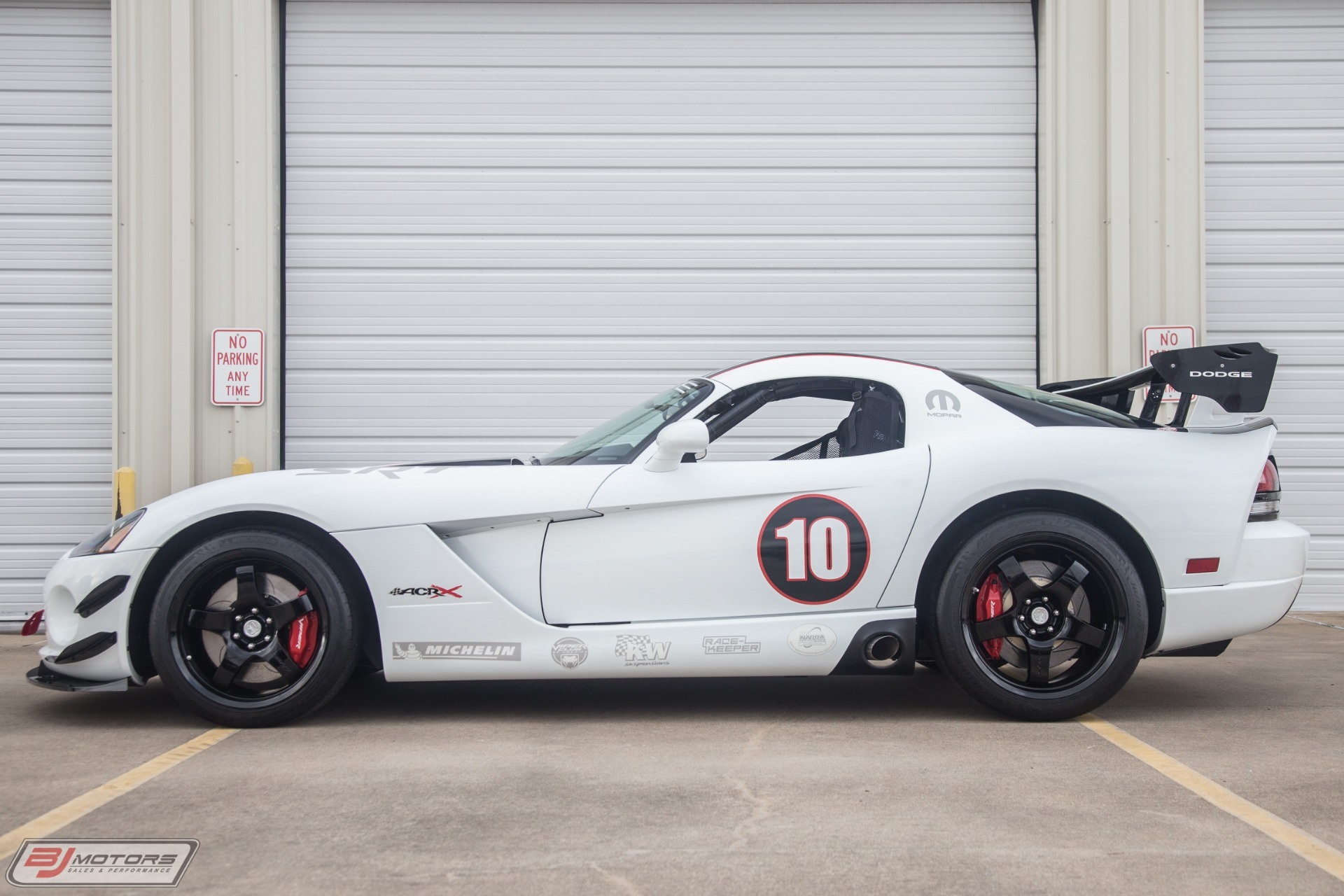 Used-2010-Dodge-Viper-ACR-X-34