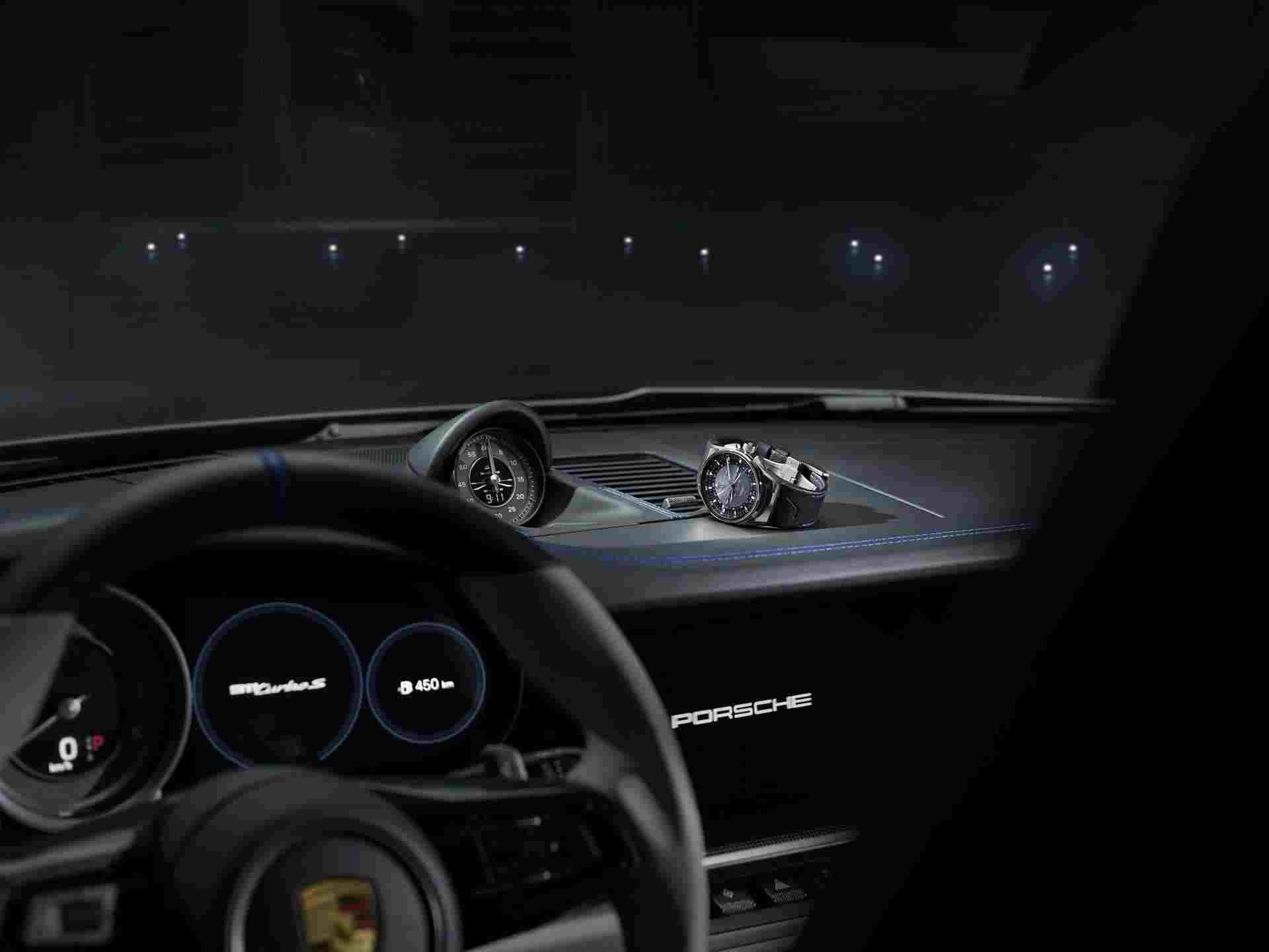 Embraer_Porsche_911_Turbo_S_0000
