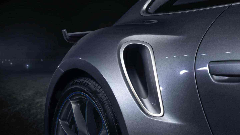 Embraer_Porsche_911_Turbo_S_0009
