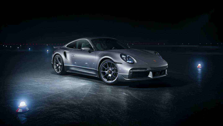 Embraer_Porsche_911_Turbo_S_0014