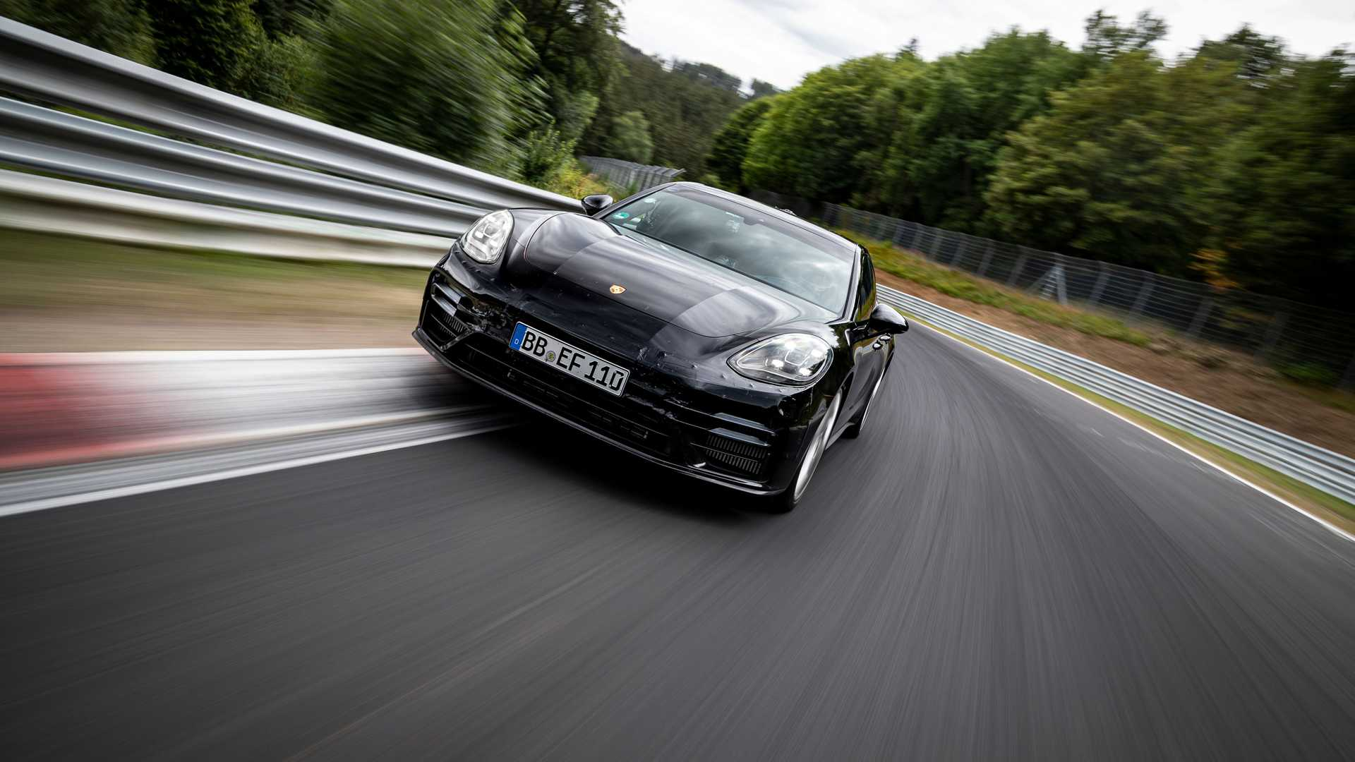 2021-porsche-panamera-sets-fastest-four-door-porsche-record-at-the-nurburgring-2