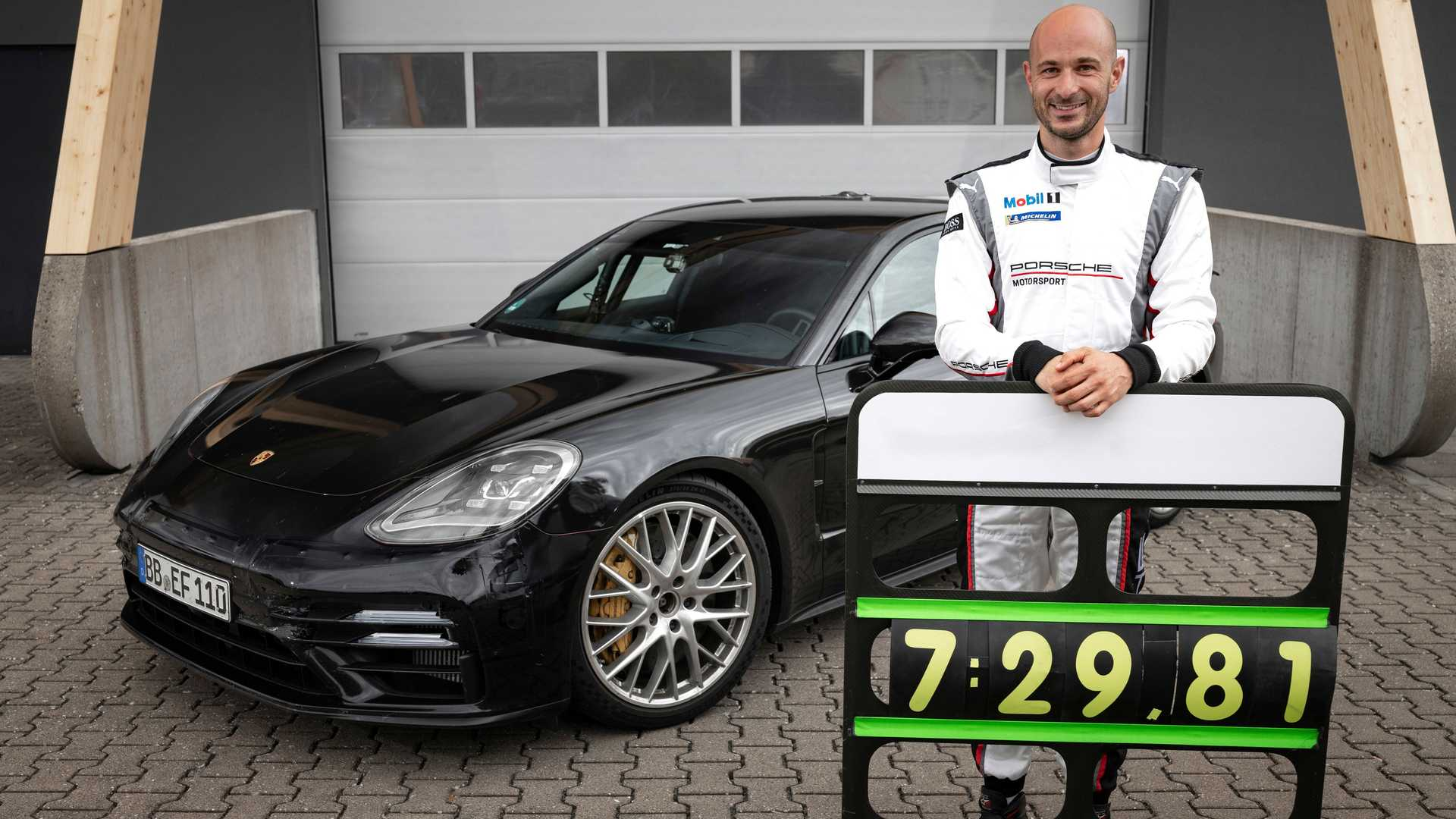 2021-porsche-panamera-sets-fastest-four-door-porsche-record-at-the-nurburgring-7