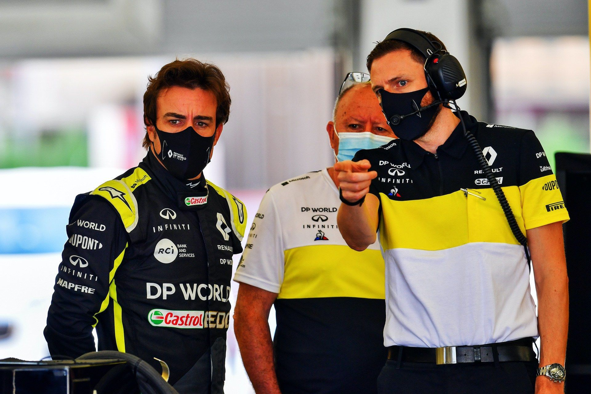 Fernando_Alonso_Bahrain_test_0002