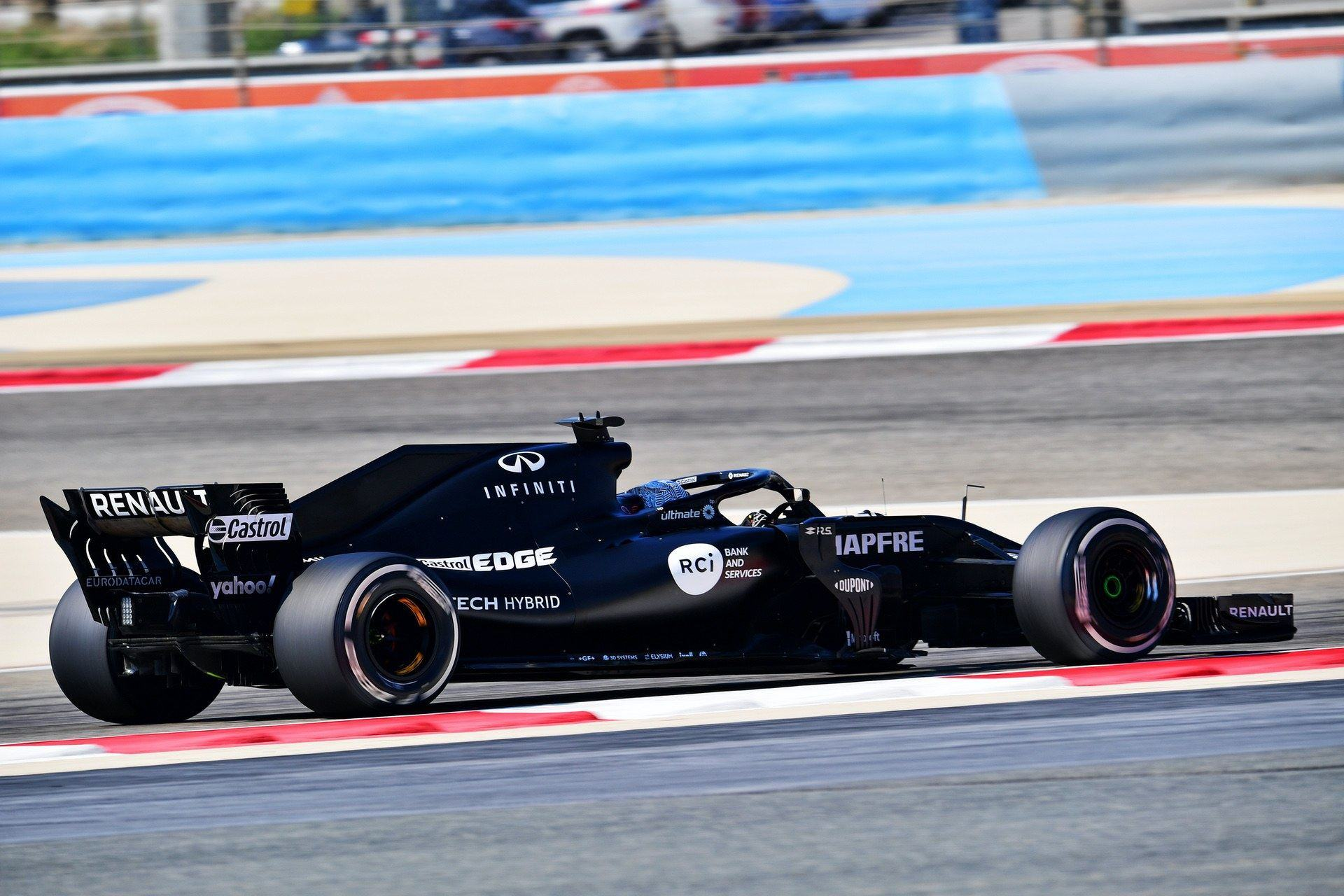 Fernando_Alonso_Bahrain_test_0010