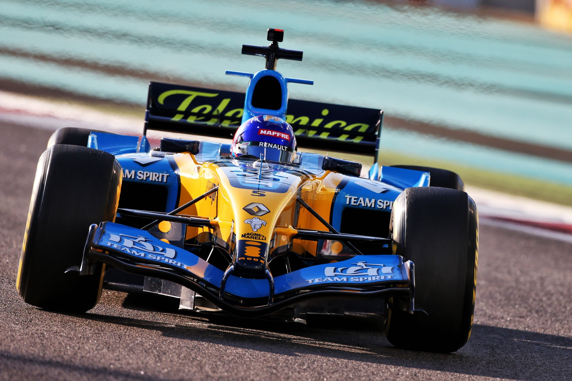 Alonso_Renault_RS25_0002