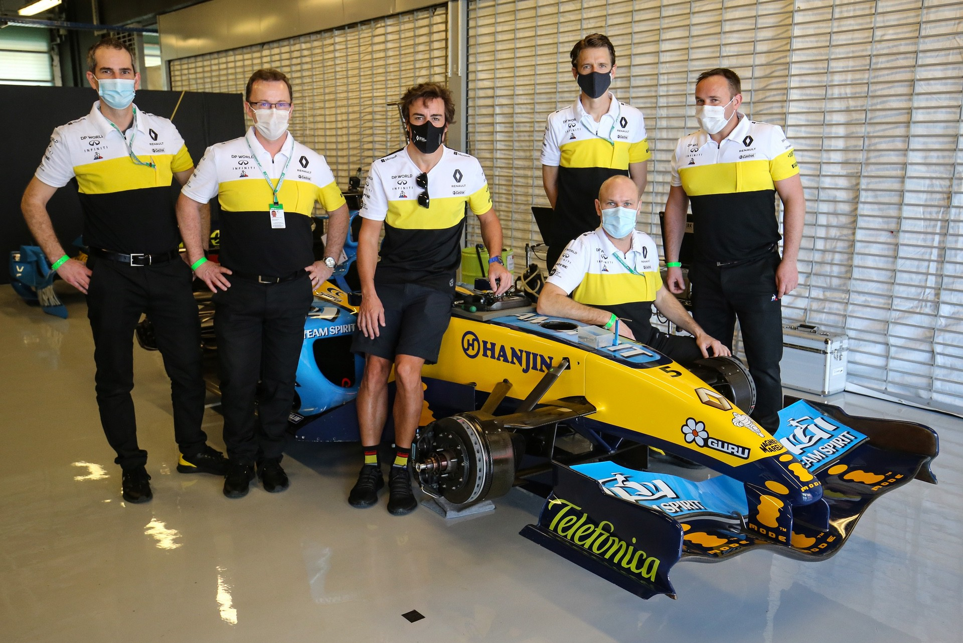 Alonso_Renault_RS25_0013