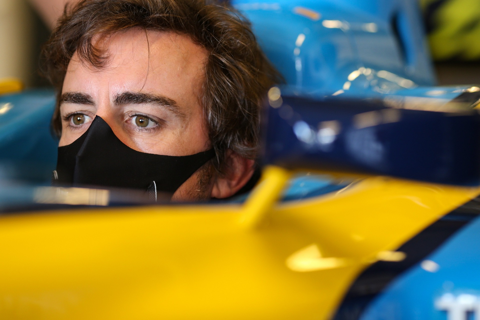 Alonso_Renault_RS25_0018