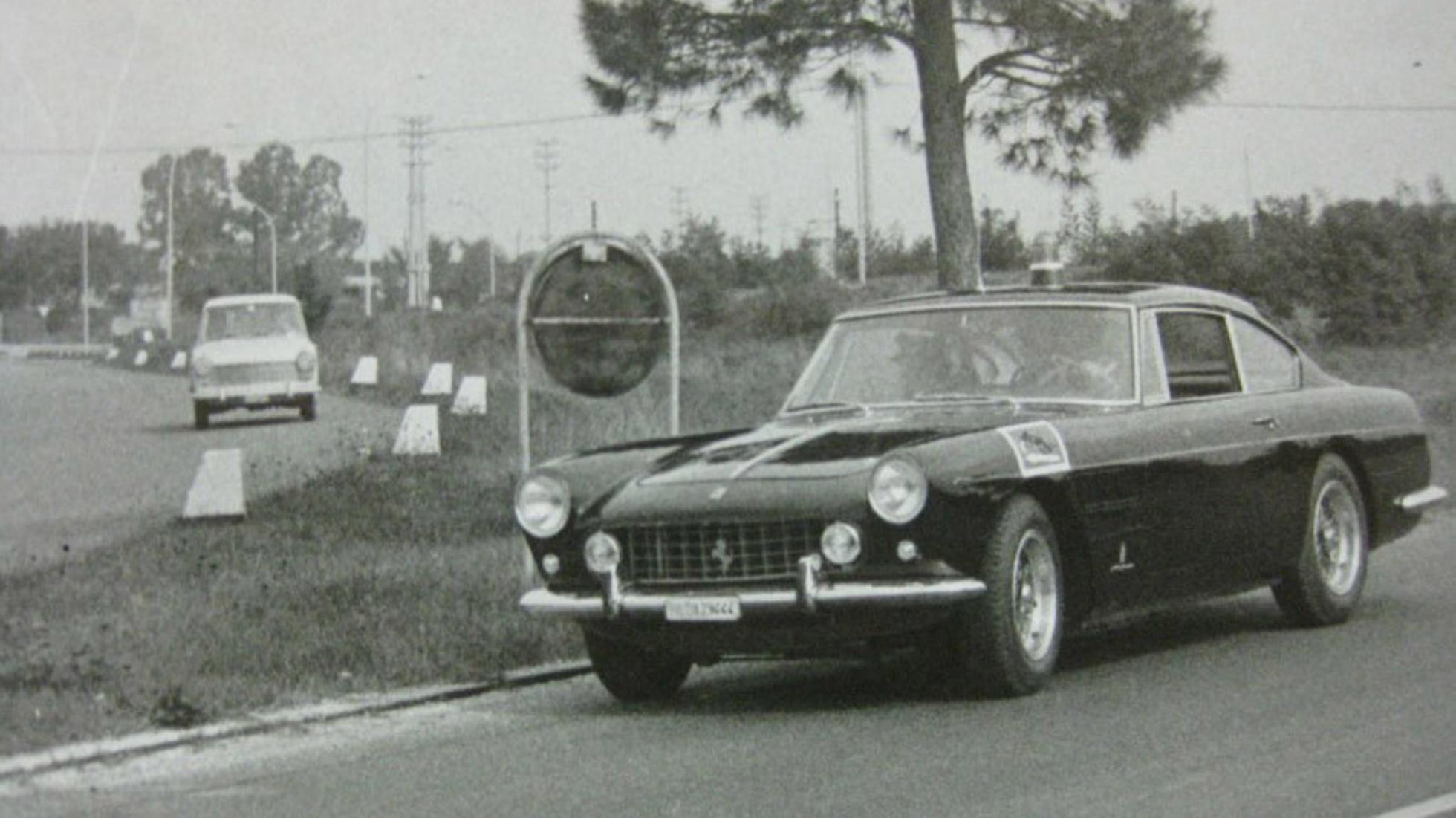 Ferrari-250-GTE-Polizia-1962-12