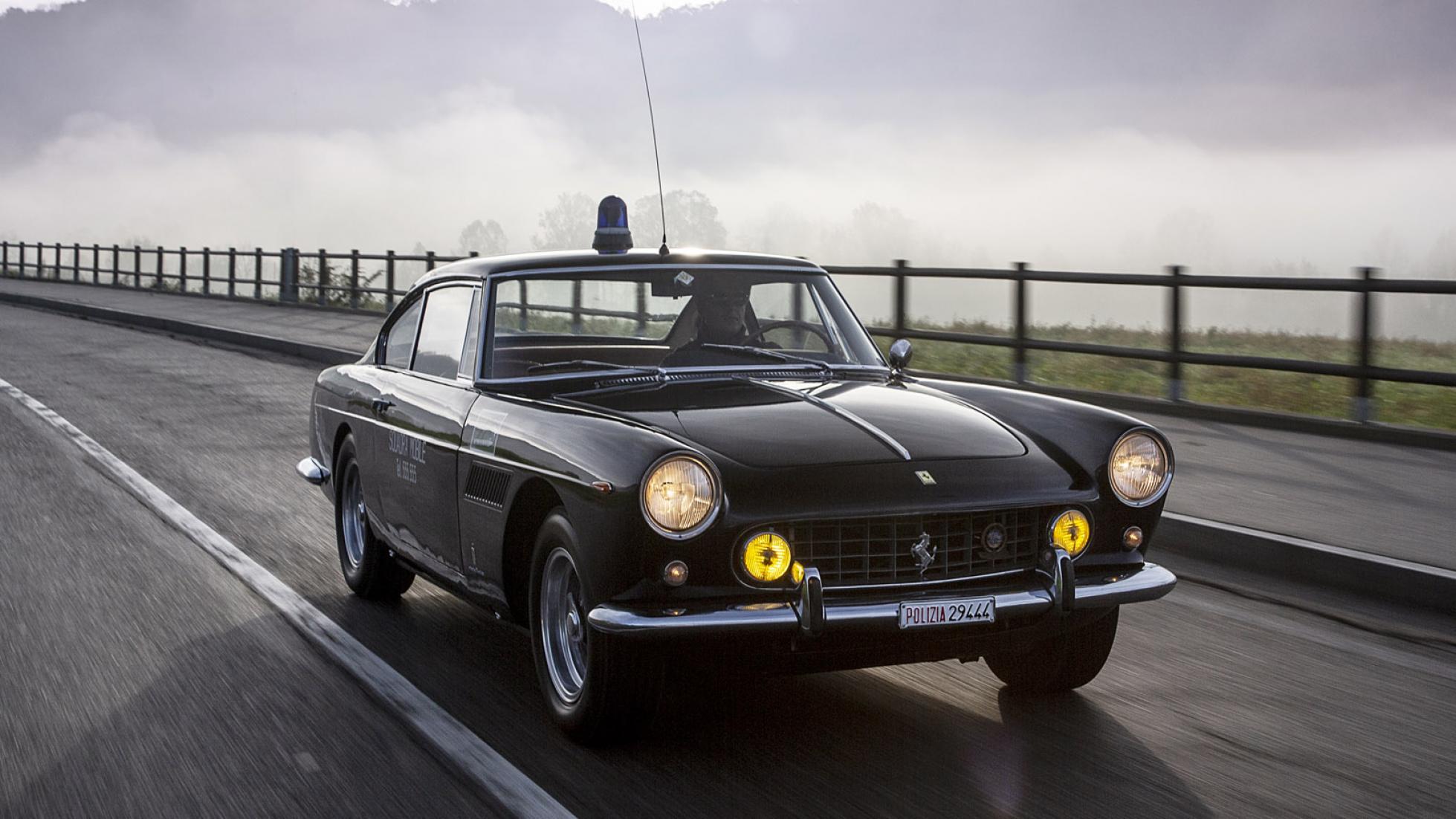 Ferrari-250-GTE-Polizia-1962-3