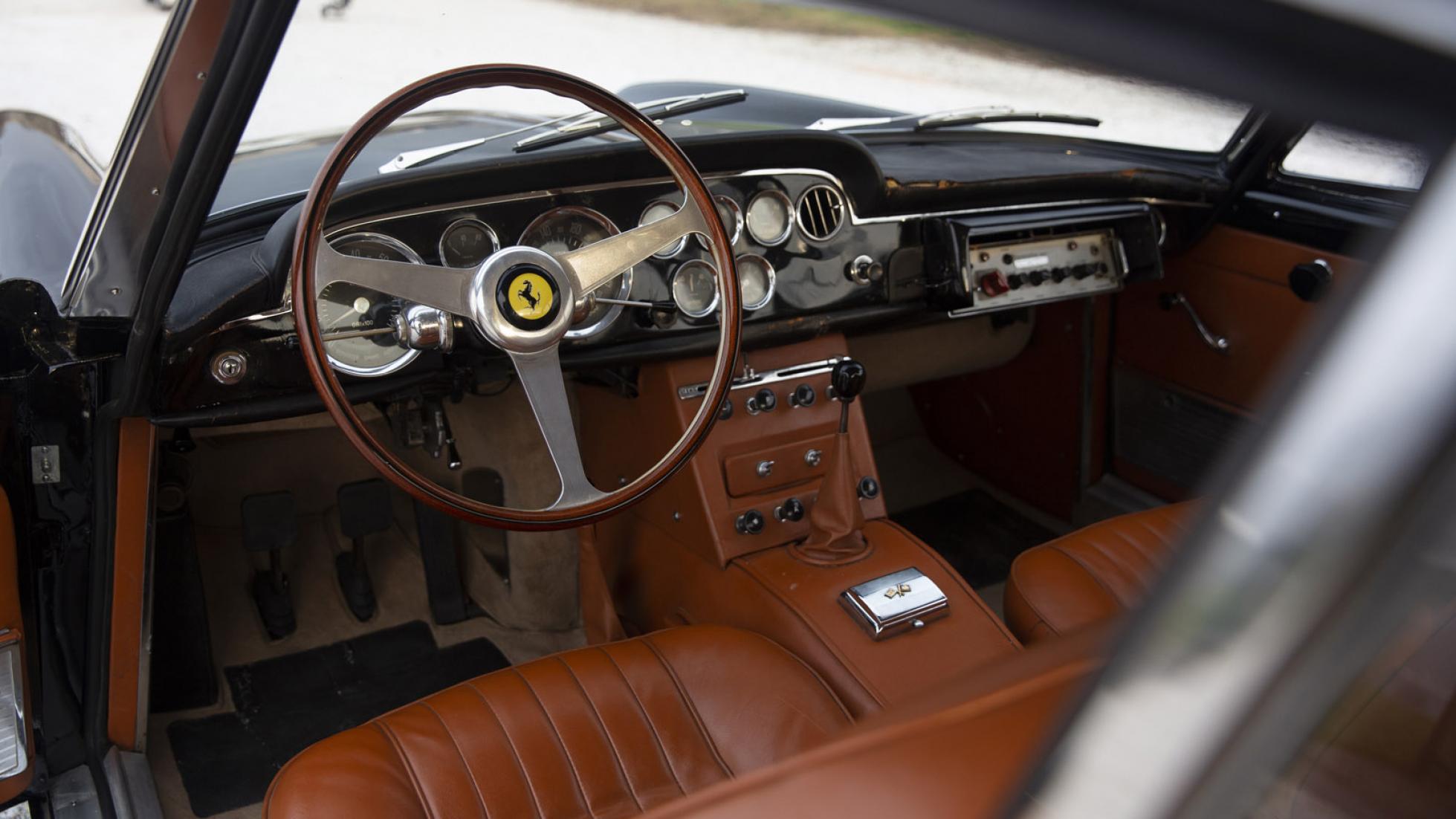 Ferrari-250-GTE-Polizia-1962-5
