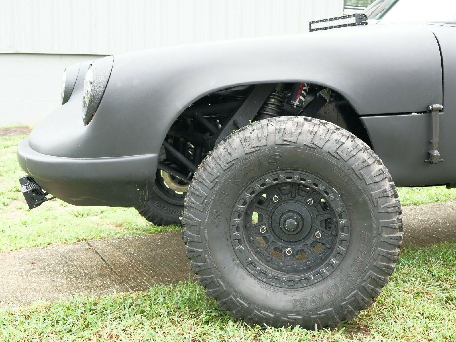 Porsche-911-Baja-Smash-Customs-4